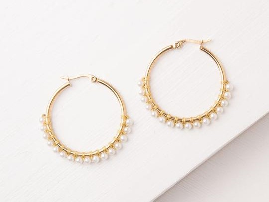 Maddie White Gold & Pearl Earrings