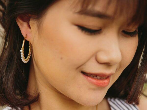 Maddie White Gold & Pearl Hoop Earrings