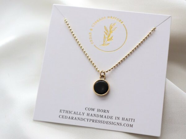 Angie Pendant Necklace - Gold Horn