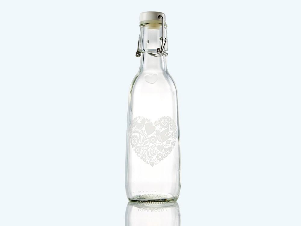 Elegance Love Water Bottle
