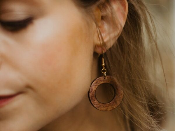 Mini Makaya Wooden Earrings - Mahogany