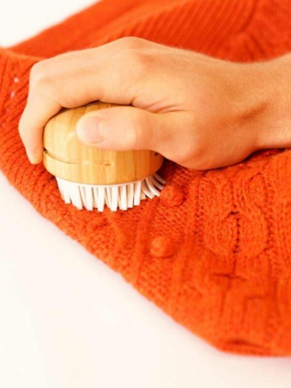 Fuzz Off Reusable & Portable Lint Remover