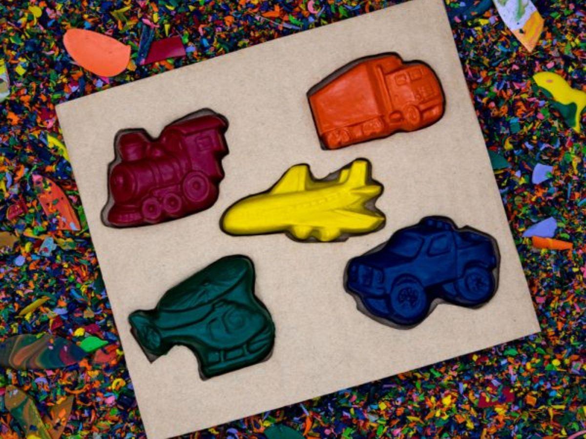 Recycled Transportation Crayon Set